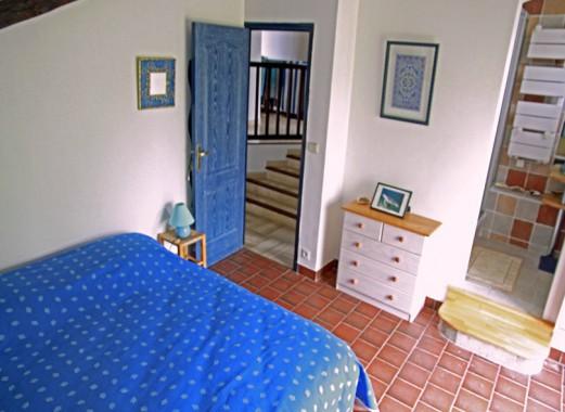 Le Lézard Bleu chambre Istanbul vers escalier ou sdb